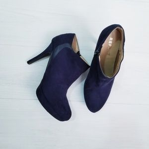 Report Shoes - Navy Blue Heeled Booties
